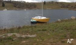 Good condition. Moored in Jindabyne. Sleeps 4 or two