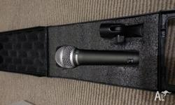 This is a brand new never used professional Q7 mic with