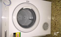 Great condition 4kg Samsung clothes dryer. 1.5 years