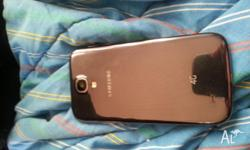 Samsung galaxy 4s still new no scratches or marks comes