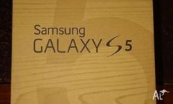 Samsung Galaxy S5 16GB, Charcoal Black, only used for 2