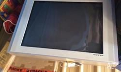Samsung Plano Television 68 cm. In good condition, and
