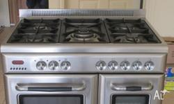 SAVOIR FAIRE STAINLESS STEEL STOVE / OVEN MODEL NO.