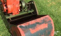 Scott Bonnar reel mower 43cm Good working order. Just