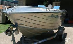 SEA JAY 4.2 RUNABOUT WITH YAMAHA 30HP 2 STROKE OUTBOARD