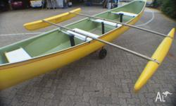 20ft canoe has 4 x sections of clear material that you