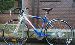 Sell new M size blue road bike/100% new condition