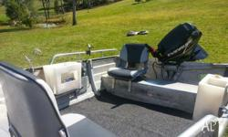 SELLING 3.9M STACER TINNIE WITH 25HP EVINRUDE E-TEC!.