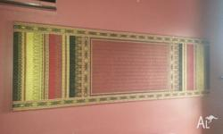 Thai silk wall hanging in excellent condition. Pick up