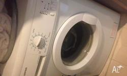 SWF85562 Simpson 5.5kg Front Load Washing machine