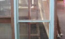 Single double hung windows Stock no. 894 - Size: 945 w