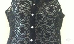Excellent condition Black lace top Ladies size small/8