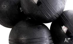 Highly durable slam/dead balls at various weights: 8kg