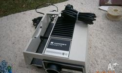 SLIDE PROJECTOR as new condition no magazine Hanimex