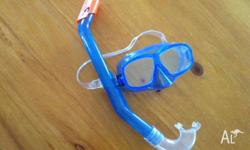New snorkel set. Suit boy 3-6 yr old. Purchased but is