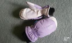Snow Mittens Lilac & White. Kids Size Large.