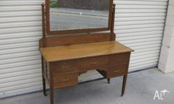 Solid oak dresser with tilting mirror In very good