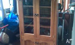 selling my cabinet no need for it anymore is solid pine