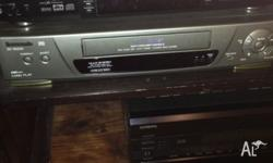 You are bidding on one Sony DVP S525D DVD video player,
