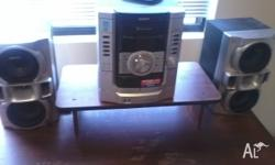 This Sony hi-fi system is in great condition, it has a