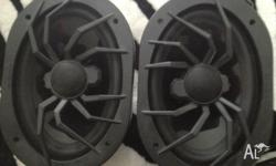 soundstream subwoofer eg-12x soundstram speakers x2