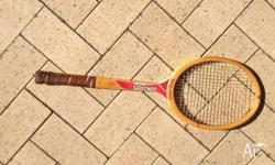 SPALDING RACKET This high quality Australian - made