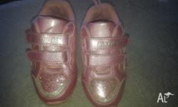 Really cute sparkly pink sneakers, excellent condition,