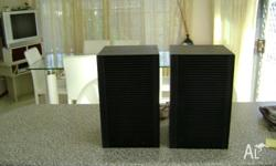 2 speakers from Grundig have power of 30W - music
