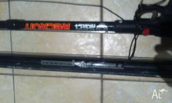 2 x second hand spear fishing guns, great condition,