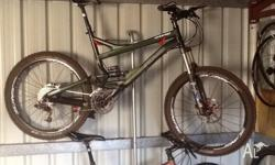 Specialized Enduro Elite, 2006, 26 inch large frame in