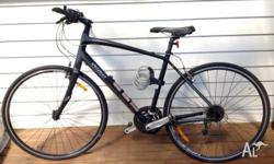SPECIALIZED Sirrus comp bike. black.charcoal. size M