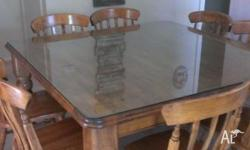 timber dining table in very good condition, with thick