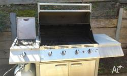 4 burner stainless steel bbq in perfect condition with