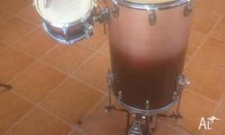 I HAVE A 3 PIECE STAND UP DRUM KIT FOR SALE IN VERY