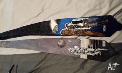 Hi I am selling near new star wars tie by davenport