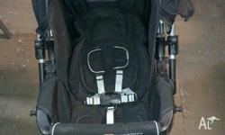 Steelcraft Acclaim reverse handle stroller allows you