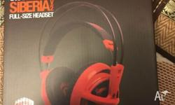 SteelSeries Siberia V2 headset is brandnew, unboxed,