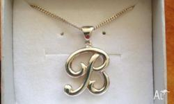 Sterling Silver (925) 'B' letter pendent & chain. Chain