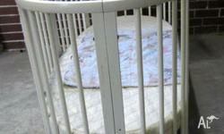 Stokke Sleepi Junior Bed � white � excellent condition