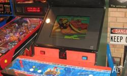 good condition arcade machine with street fighter 2