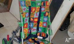 HANDY STROLLER FOR SHOPPING. IN GOOD CONDITION.