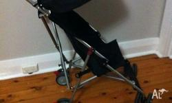 STROLLER upright BLACK used 1 hour only With canopy. I