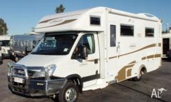 Sunliner Twist, 2010, White / Gold Decal, Motorhome,