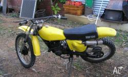 76 MODEL IN GOOD CONDITION , STARTS SECOND KICK,ALL