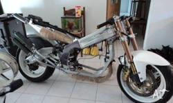 Suzuki RGV500 rolling chassis, the RGV250 chassis was