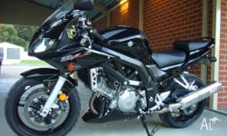 Suzuki SV 1000S 2007 Model in excellent condition black