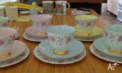 Beautiful Queen Anne tea set Six cup, saucers and