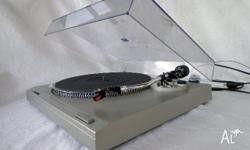 High quality, Japanese made turntable� Direct drive�