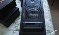 selling my thermaltake dokker pc case less than 4