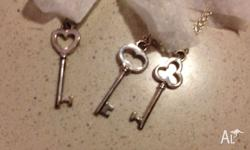 Tiffany & Co Silver chain with 3 key pendants! BNIB,